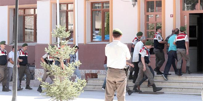 Bursa'da sahte subaylar tarihi eser ararken suçüstü yakalandı