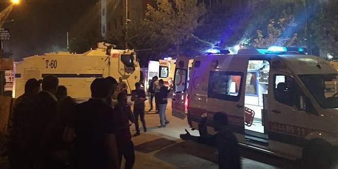 Polis merkezine patlayıcı yüklü araçla saldırı