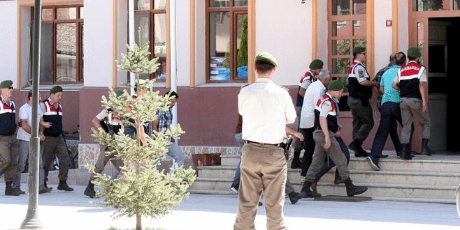 Bursa'da sahte subaylara tutuklama