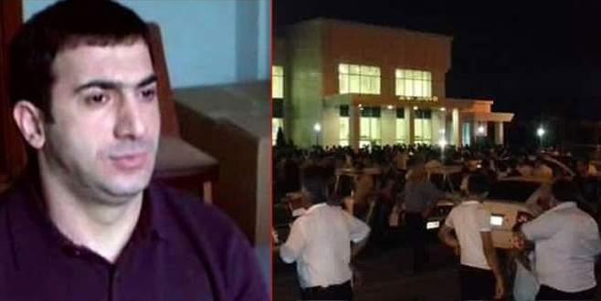 Öldürülen mafya babasını binlerce kişi karşıladı