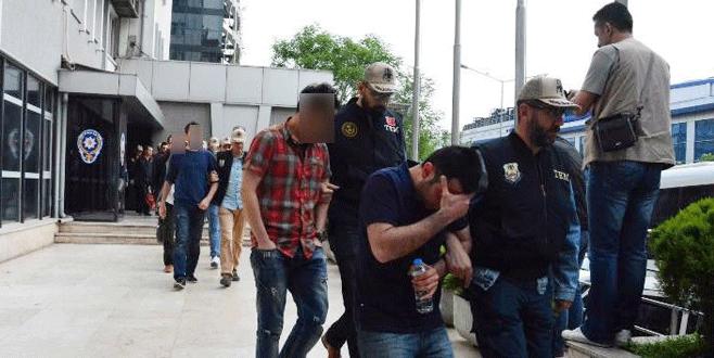 Bursa'da FETÖ'nün İK duruşmasında 6 tahliye