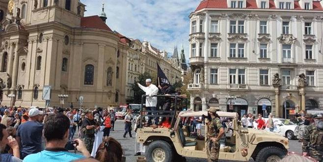 IŞİD Prag'ı 'işgal etti'