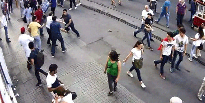 Fazla hesaptan şikayete giden Arap turiste yumruklu saldırı