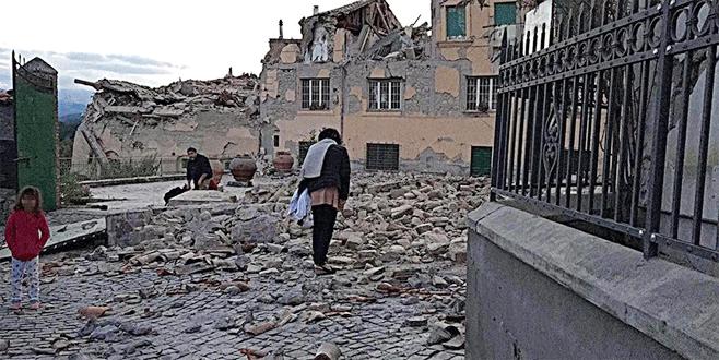 İtalya'da 6,0 büyüklüğünde deprem