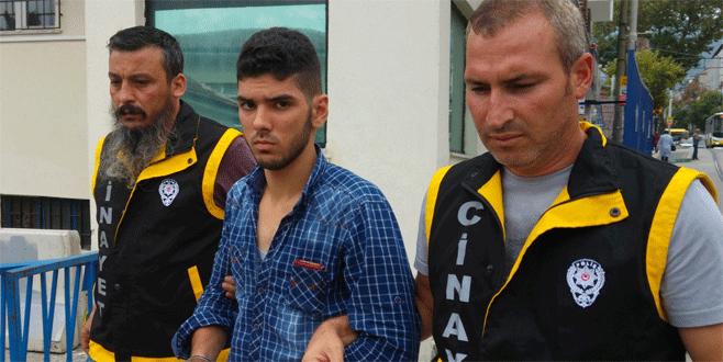 Bursa'da 4 kişiyi bıçaklayan Suriyeli yakalandı