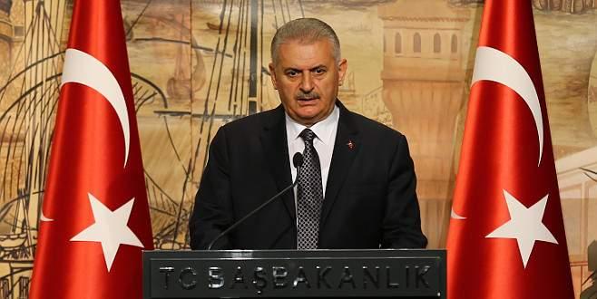 'Hiçbir terör örgütü Türkiye Cumhuriyeti'ni esir alamaz'