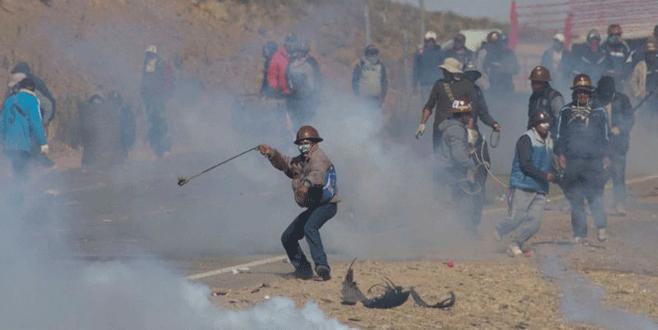Madenciler bakan yardımcısını öldürdü