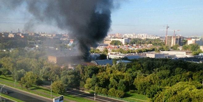Depoda yangın: 17 ölü
