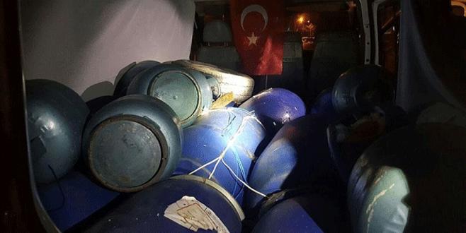 2 bomba yüklü araç ele geçirildi