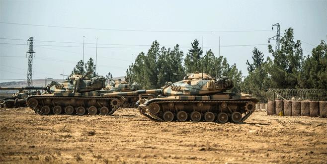 Sınırın Türkiye tarafında bekleyiş sürüyor