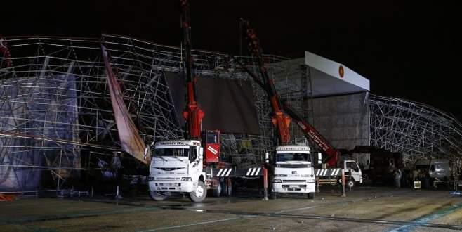 Ankara'da platform çöktü, tören iptal oldu