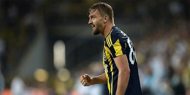 Beşiktaş Caner'i KAP'a bildirdi