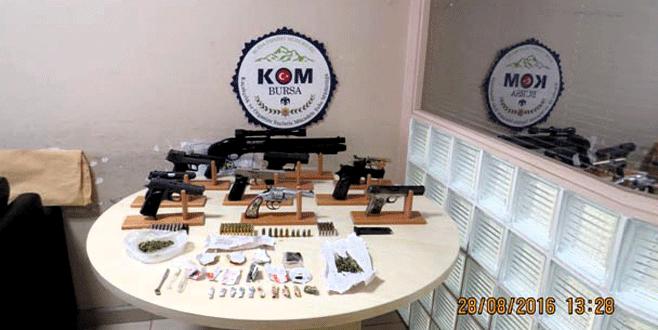 Bursa'da uygulamadan kaçtılar, polis yakaladı…