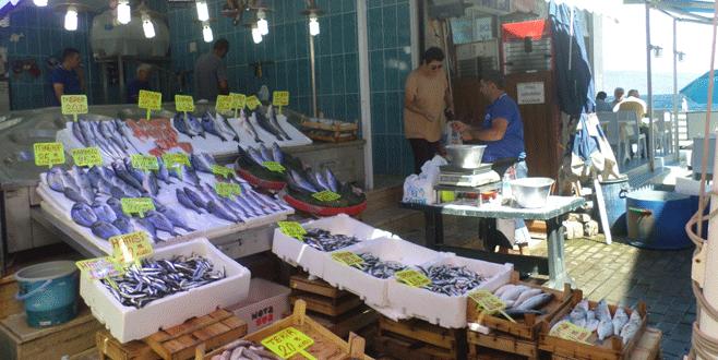 Balık fiyatları ilk günden düştü