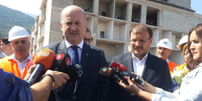 Bursa Şehir Hastanesi yükseliyor