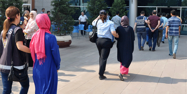 Bursa'da FETÖ operasyonunda 4 tutuklama