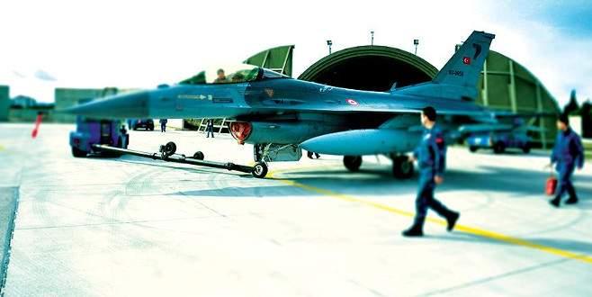 Hava Kuvvetleri'ne dönüş için ilk başvuru