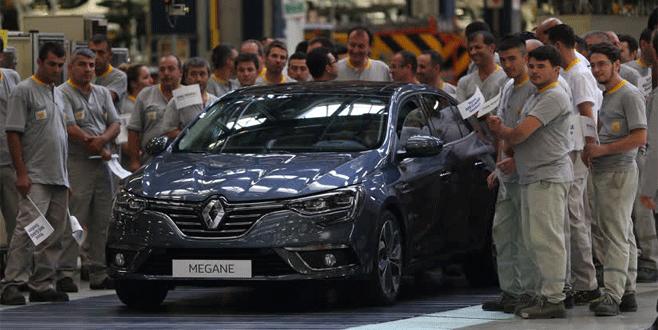 Renault 'Yeni Megane Sedan'ı tanıttı