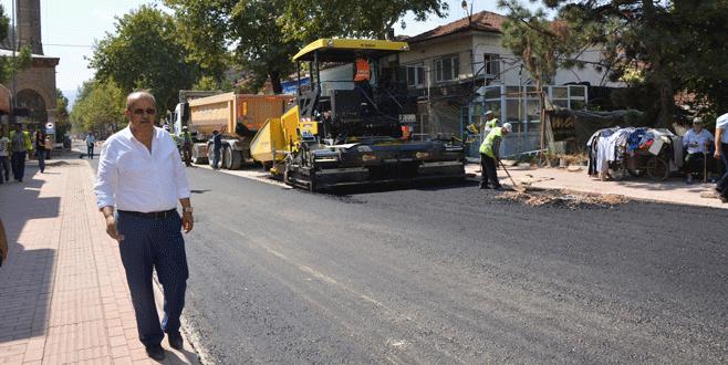 Sargın asfaltlama çalışmasını başlattı