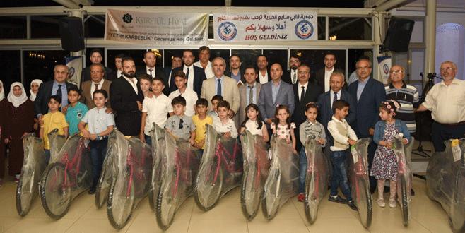 Suriyeli yetimlerden Altepe'ye teşekkür