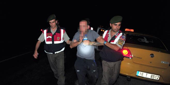 Taksi şoförünü bıçaklayıp jandarmayı bekledi