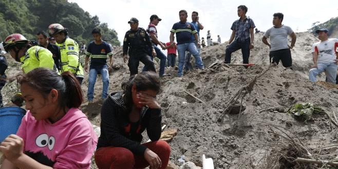 Toprak kayması: 9 kişi öldü