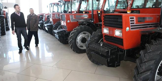 Bursalı 1 yılda 2 bin 323 traktör aldı