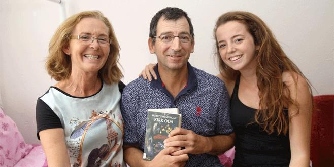 Evlere kitap servisi engellilere hayat veriyor