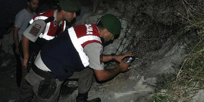 Bursa'da balıkçılar sahilde çömlek ve insan kemikleri buldu