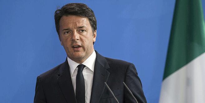 AB Zirvesi'nde 'Renzi' protestosu