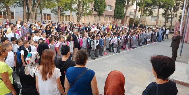 Bursa'da ilk ders zili çaldı