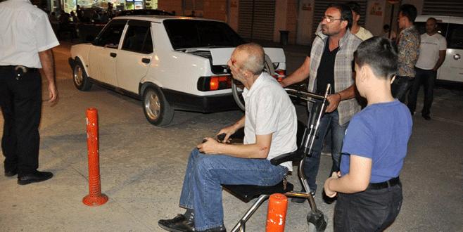 Bursa'da çarptığı bisikletliyi hastaneye götürdü