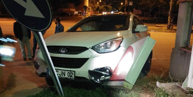 Bursa'da benzin istasyonu önünde korkutan kaza