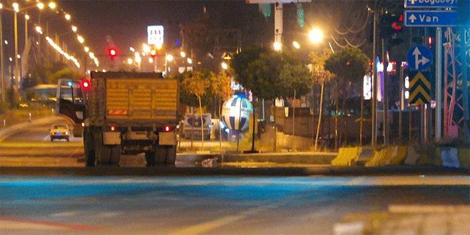 Van'da bomba yüklü kamyon ele geçirildi