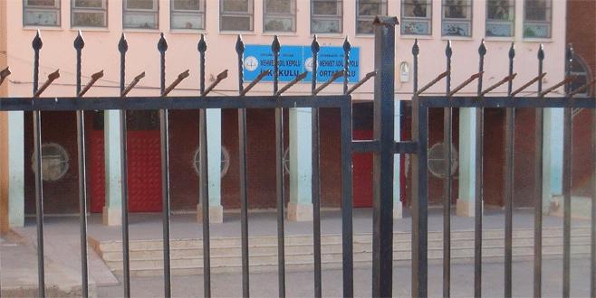 PKK'lı teröristlerden okul müdürünü kaçırma girişimi