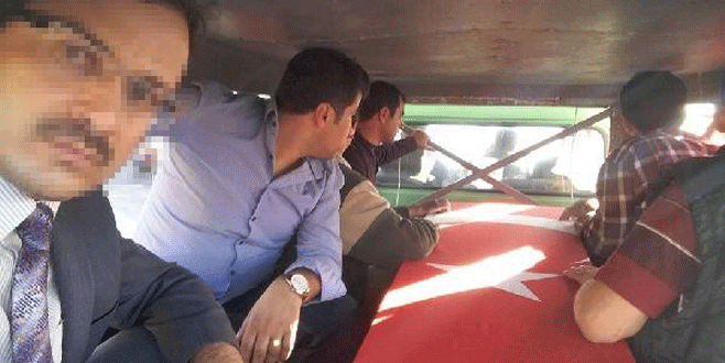 Şehit cenazesinde 'selfie' yapan imama soruşturma