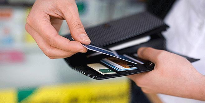 'Kredi ve kredi kartı düzenlemesi' uyarısı