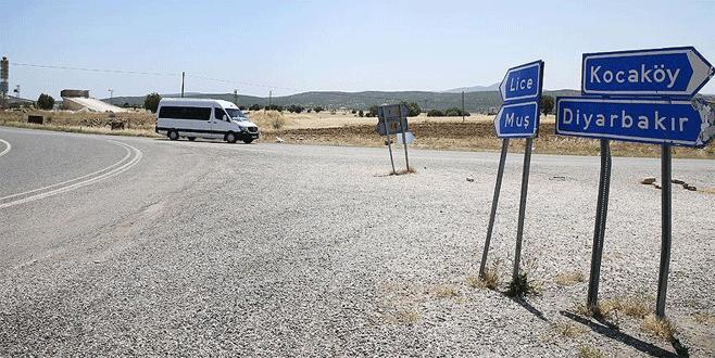 Lice'de PKK'lı teröristler askeri üs bölgesine saldırdı