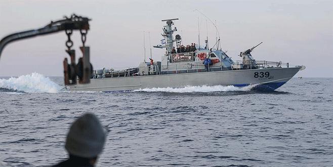 İsrail ordusundan kadın eylemcileri taşıyan gemiye müdahale