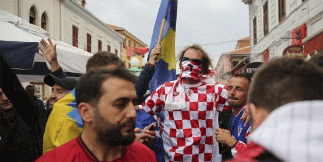 Hırvat taraftarlar FIFA'ya şikayet edildi
