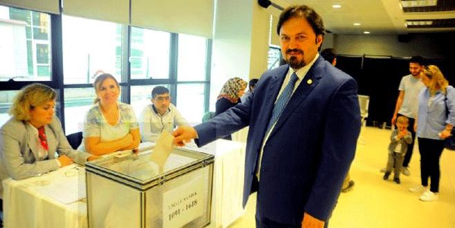 Bursa Barosu'nda başkanlığa Gürkan Altun seçildi