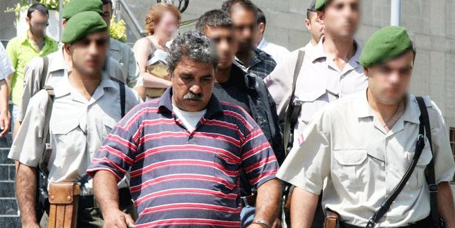 Kızının nikahsız eşini öldüren kişi cezaevinde hayatını kaybetti