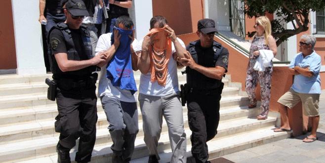 Darbeci askerlere Yunanistan'dan ret