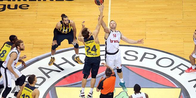 Fenerbahçe, Euroleague'e galibiyetle başladı