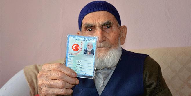 Cumhurbaşkanı Erdoğan hayranı 105 yaşındaki dede