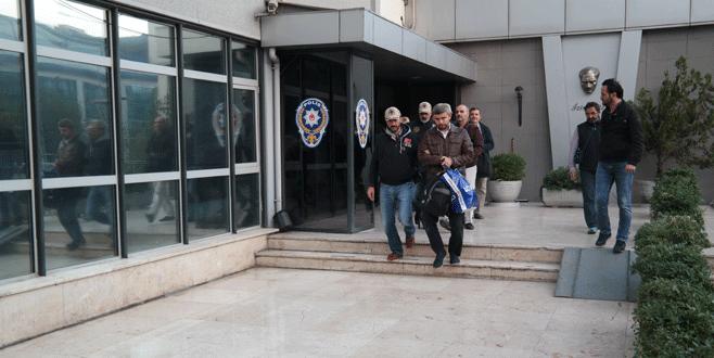 Bursa'da FETÖ sendikacısı 15 kişi adliyeye sevk edildi
