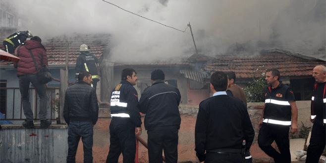 Bursa'da elektrikli ısıtıcı yangına sebep oldu