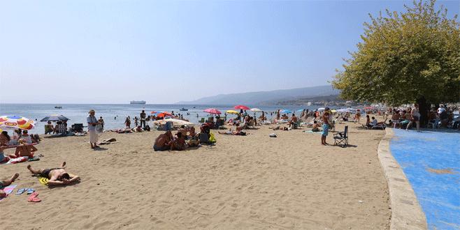 Bursa plajları 900 bin kişiyi ağırladı