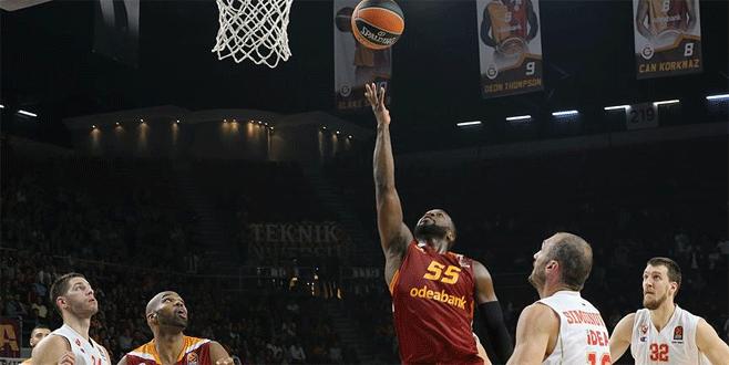 Galatasaray Odeabank galibiyetle tanışamadı