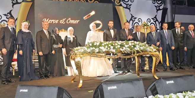 Bursa'da yılın düğünü